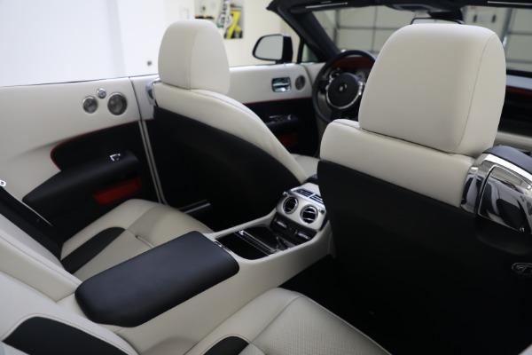 Used 2019 Rolls-Royce Dawn for sale $379,900 at Rolls-Royce Motor Cars Greenwich in Greenwich CT 06830 24