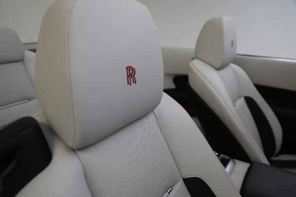 Used 2019 Rolls-Royce Dawn for sale $379,900 at Rolls-Royce Motor Cars Greenwich in Greenwich CT 06830 27