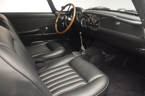 Used 1961 Aston Martin DB4 Series IV Coupe for sale $625,900 at Rolls-Royce Motor Cars Greenwich in Greenwich CT 06830 25