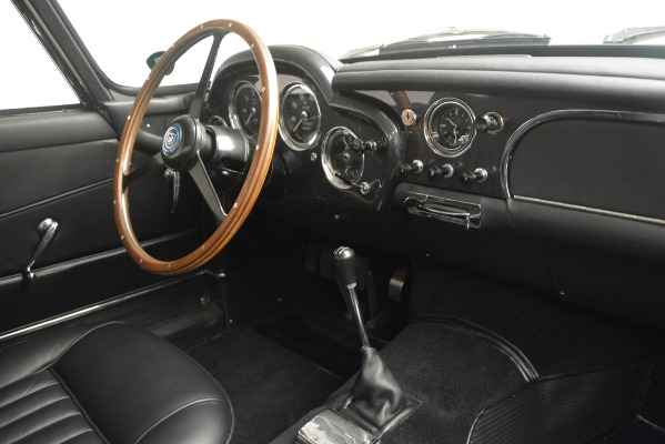 Used 1961 Aston Martin DB4 Series IV Coupe for sale $625,900 at Rolls-Royce Motor Cars Greenwich in Greenwich CT 06830 26