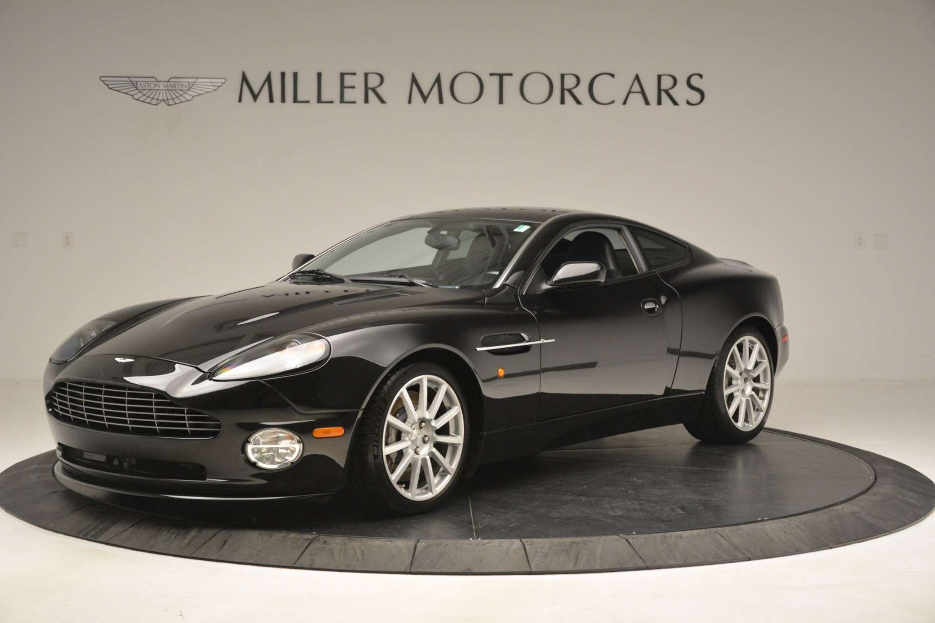Used 2005 Aston Martin V12 Vanquish S Coupe for sale Sold at Rolls-Royce Motor Cars Greenwich in Greenwich CT 06830 1