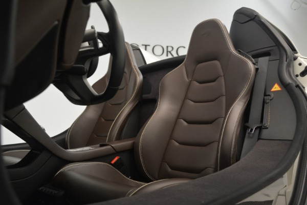Used 2015 McLaren 650S Convertible for sale Sold at Rolls-Royce Motor Cars Greenwich in Greenwich CT 06830 20