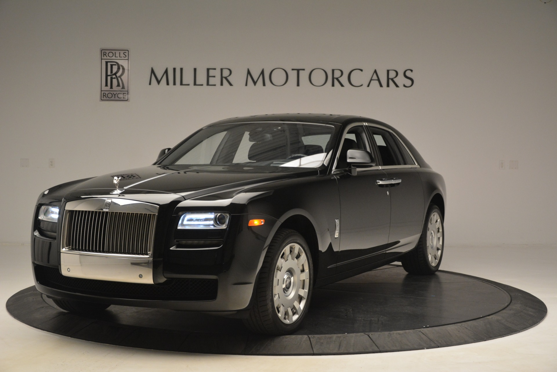 Used 2014 Rolls-Royce Ghost for sale Sold at Rolls-Royce Motor Cars Greenwich in Greenwich CT 06830 1