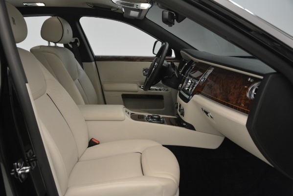 Used 2016 Rolls-Royce Ghost for sale Sold at Rolls-Royce Motor Cars Greenwich in Greenwich CT 06830 18