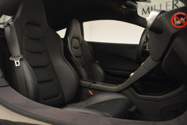 Used 2015 McLaren 650S Coupe for sale $143,900 at Rolls-Royce Motor Cars Greenwich in Greenwich CT 06830 26