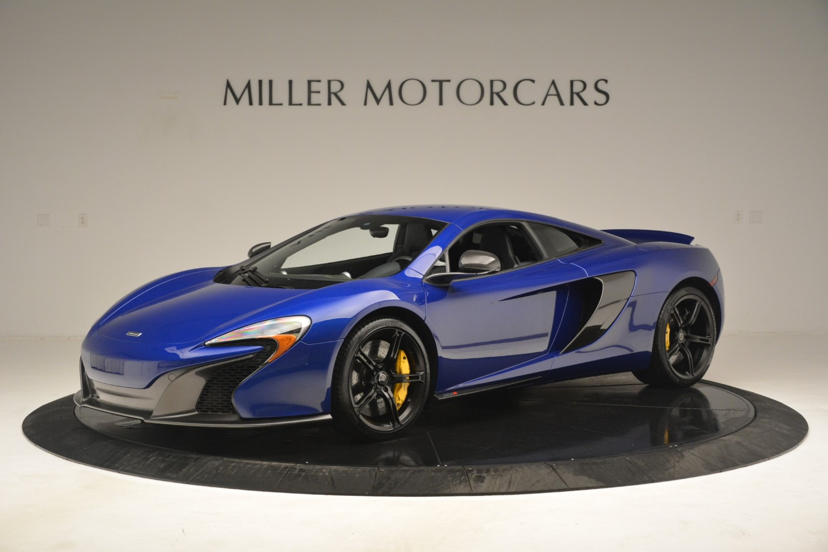 Used 2015 McLaren 650S Coupe for sale $143,900 at Rolls-Royce Motor Cars Greenwich in Greenwich CT 06830 1