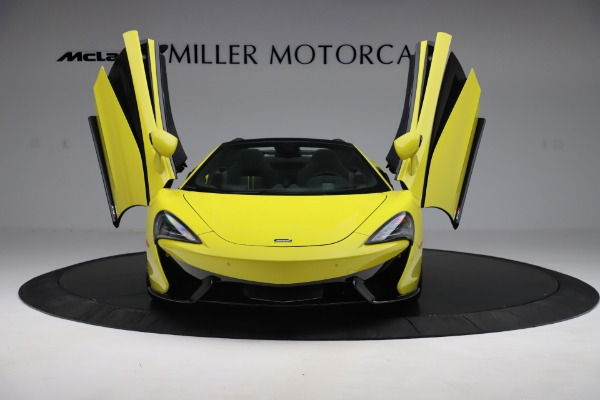 New 2019 McLaren 570S SPIDER Convertible for sale $227,660 at Rolls-Royce Motor Cars Greenwich in Greenwich CT 06830 17