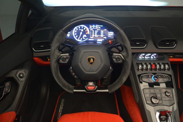 Used 2017 Lamborghini Huracan LP 610-4 Spyder for sale Sold at Rolls-Royce Motor Cars Greenwich in Greenwich CT 06830 20