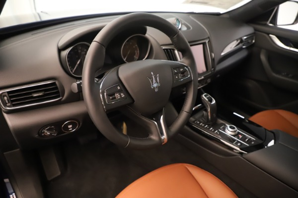 New 2019 Maserati Levante Q4 for sale Sold at Rolls-Royce Motor Cars Greenwich in Greenwich CT 06830 13