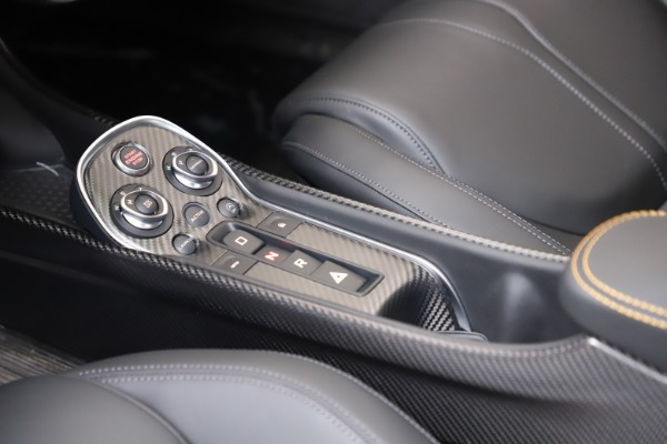 New 2019 McLaren 600LT Coupe for sale $279,310 at Rolls-Royce Motor Cars Greenwich in Greenwich CT 06830 20