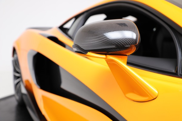 New 2019 McLaren 600LT for sale $279,310 at Rolls-Royce Motor Cars Greenwich in Greenwich CT 06830 22