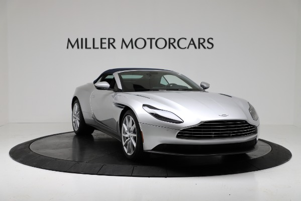 Used 2019 Aston Martin DB11 Volante for sale $209,990 at Rolls-Royce Motor Cars Greenwich in Greenwich CT 06830 18