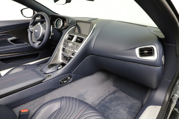 Used 2019 Aston Martin DB11 Volante for sale $209,990 at Rolls-Royce Motor Cars Greenwich in Greenwich CT 06830 25