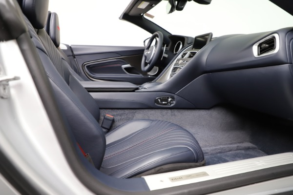 Used 2019 Aston Martin DB11 Volante for sale $209,990 at Rolls-Royce Motor Cars Greenwich in Greenwich CT 06830 26