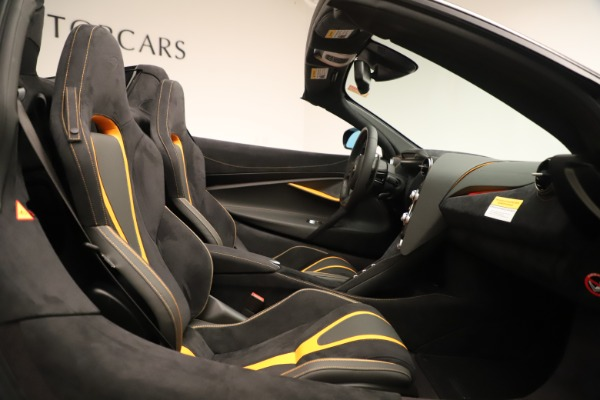 New 2020 McLaren 720S SPIDER Convertible for sale Sold at Rolls-Royce Motor Cars Greenwich in Greenwich CT 06830 25