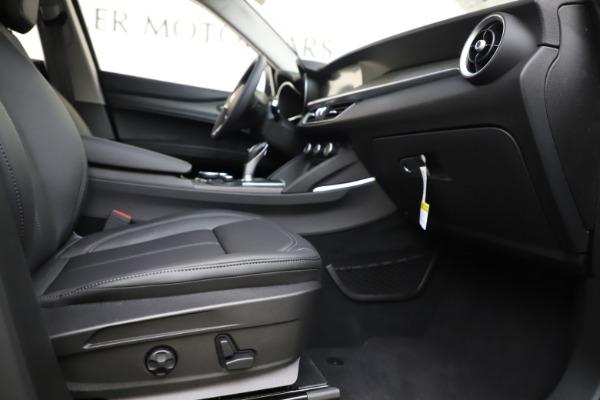 New 2019 Alfa Romeo Stelvio Ti Q4 for sale Sold at Rolls-Royce Motor Cars Greenwich in Greenwich CT 06830 23