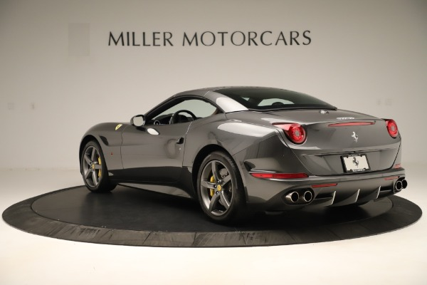 Used 2015 Ferrari California T for sale $146,900 at Rolls-Royce Motor Cars Greenwich in Greenwich CT 06830 15