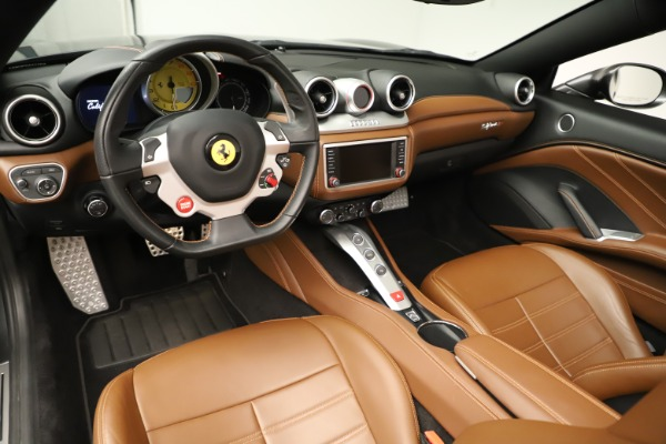 Used 2015 Ferrari California T for sale $146,900 at Rolls-Royce Motor Cars Greenwich in Greenwich CT 06830 20