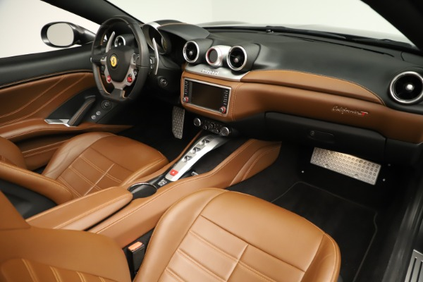 Used 2015 Ferrari California T for sale $146,900 at Rolls-Royce Motor Cars Greenwich in Greenwich CT 06830 25