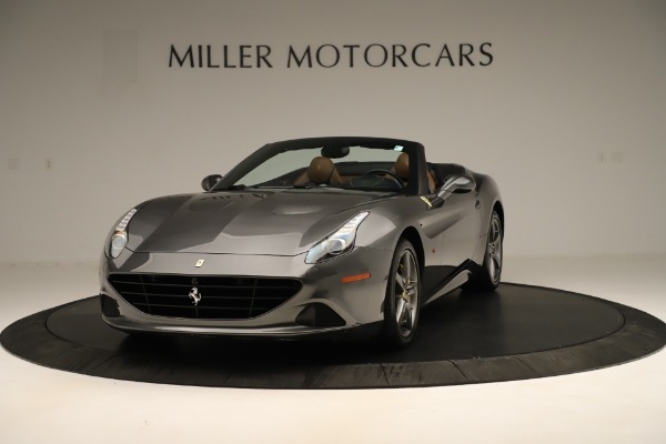 Used 2015 Ferrari California T for sale $146,900 at Rolls-Royce Motor Cars Greenwich in Greenwich CT 06830 1