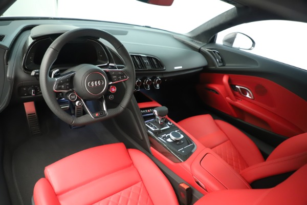 Used 2018 Audi R8 5.2 quattro V10 Plus for sale Sold at Rolls-Royce Motor Cars Greenwich in Greenwich CT 06830 14