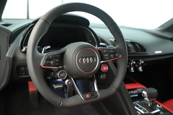 Used 2018 Audi R8 5.2 quattro V10 Plus for sale Sold at Rolls-Royce Motor Cars Greenwich in Greenwich CT 06830 21