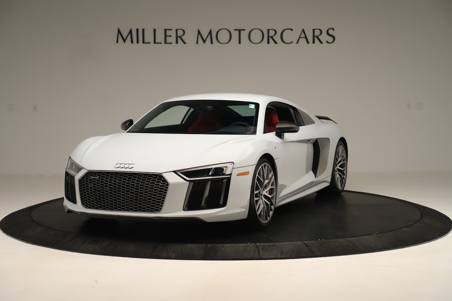 Used 2018 Audi R8 5.2 quattro V10 Plus for sale Sold at Rolls-Royce Motor Cars Greenwich in Greenwich CT 06830 1