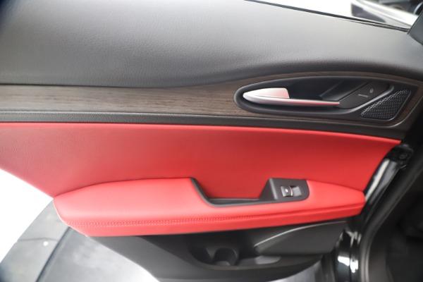 New 2019 Alfa Romeo Stelvio Ti Q4 for sale Sold at Rolls-Royce Motor Cars Greenwich in Greenwich CT 06830 21