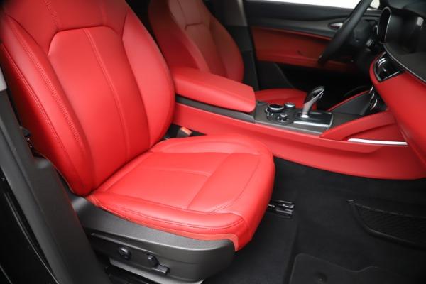 New 2019 Alfa Romeo Stelvio Ti Q4 for sale Sold at Rolls-Royce Motor Cars Greenwich in Greenwich CT 06830 24