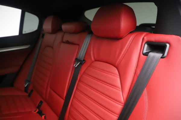 New 2019 Alfa Romeo Stelvio Ti Sport Q4 for sale $58,940 at Rolls-Royce Motor Cars Greenwich in Greenwich CT 06830 18