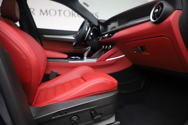New 2019 Alfa Romeo Stelvio Ti Sport Q4 for sale $58,940 at Rolls-Royce Motor Cars Greenwich in Greenwich CT 06830 23