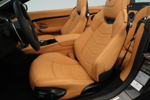 New 2019 Maserati GranTurismo Sport Convertible for sale $161,695 at Rolls-Royce Motor Cars Greenwich in Greenwich CT 06830 21