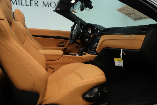 New 2019 Maserati GranTurismo Sport Convertible for sale $161,695 at Rolls-Royce Motor Cars Greenwich in Greenwich CT 06830 27