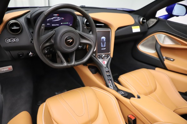 New 2020 McLaren 720S SPIDER Convertible for sale $374,830 at Rolls-Royce Motor Cars Greenwich in Greenwich CT 06830 22