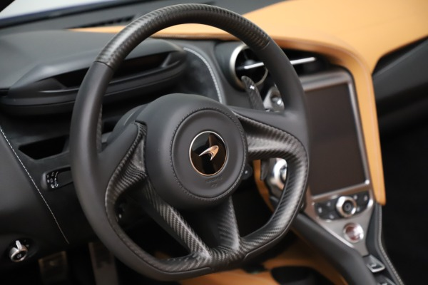 New 2020 McLaren 720S SPIDER Convertible for sale $374,830 at Rolls-Royce Motor Cars Greenwich in Greenwich CT 06830 25
