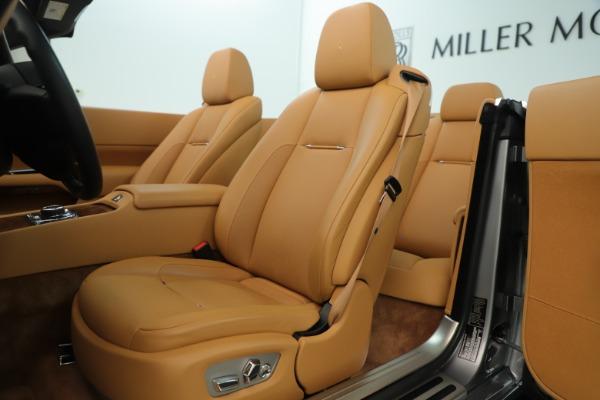 Used 2016 Rolls-Royce Dawn for sale Sold at Rolls-Royce Motor Cars Greenwich in Greenwich CT 06830 16