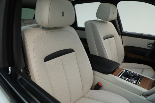 New 2019 Rolls-Royce Cullinan for sale Sold at Rolls-Royce Motor Cars Greenwich in Greenwich CT 06830 11