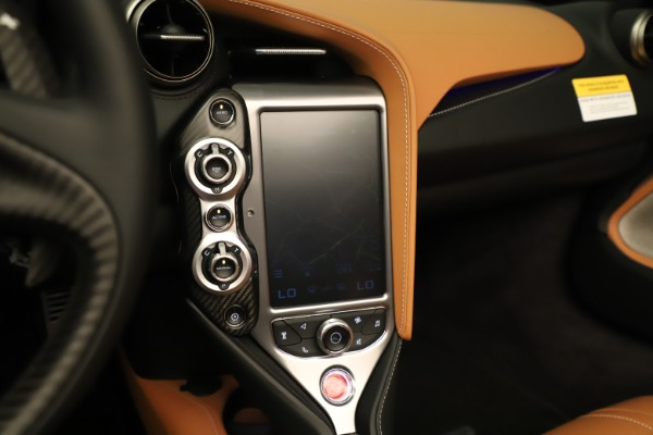 Used 2020 McLaren 720S Spider for sale $334,900 at Rolls-Royce Motor Cars Greenwich in Greenwich CT 06830 11