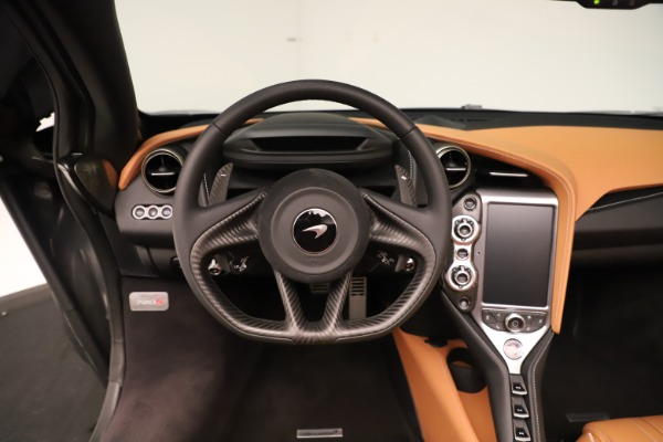 New 2020 McLaren 720S Spider for sale $372,250 at Rolls-Royce Motor Cars Greenwich in Greenwich CT 06830 9