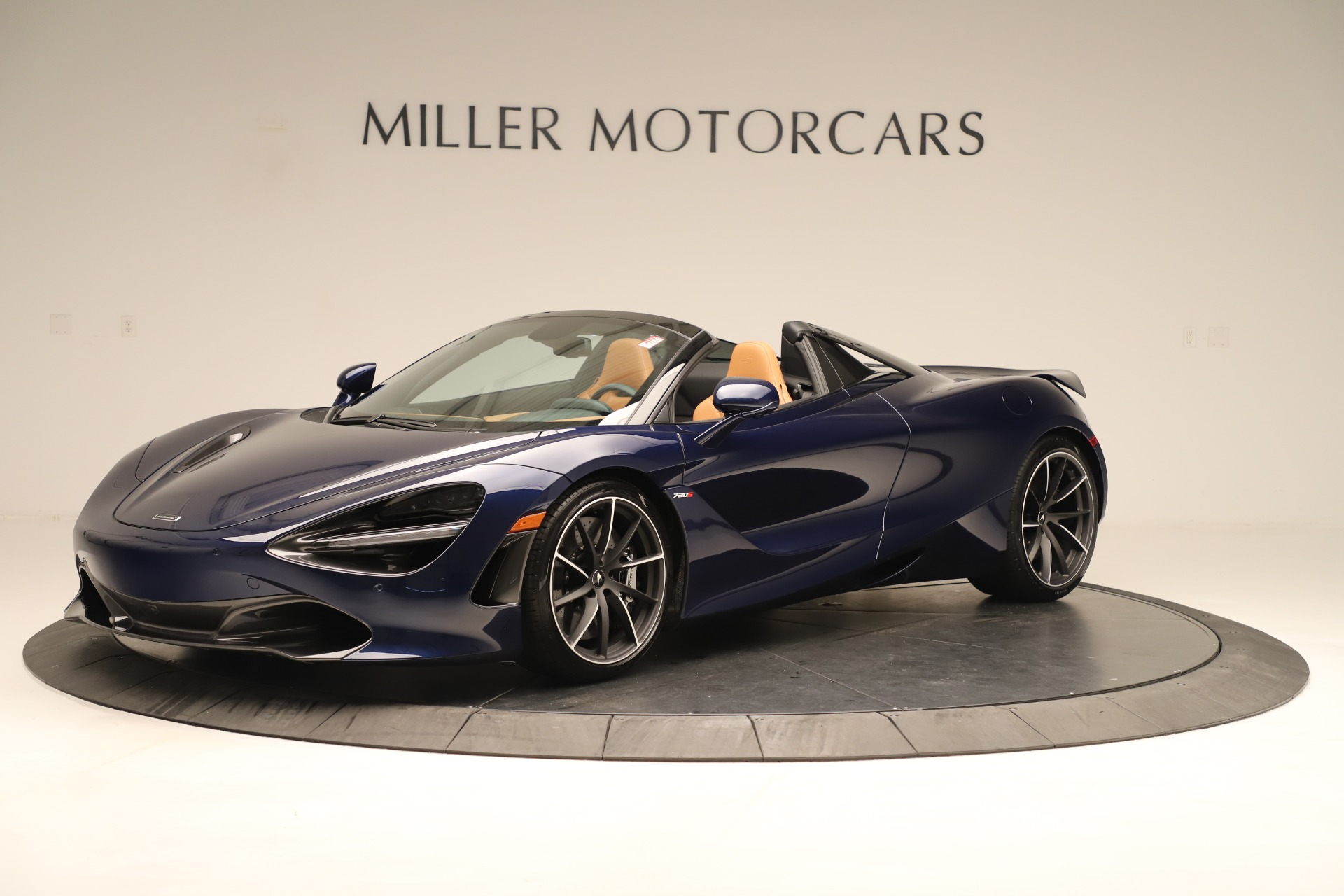 New 2020 McLaren 720S Spider for sale $372,250 at Rolls-Royce Motor Cars Greenwich in Greenwich CT 06830 1