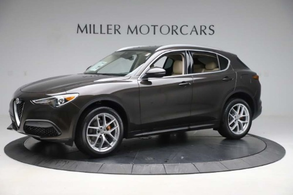 New 2019 Alfa Romeo Stelvio Ti Lusso Q4 for sale Sold at Rolls-Royce Motor Cars Greenwich in Greenwich CT 06830 2