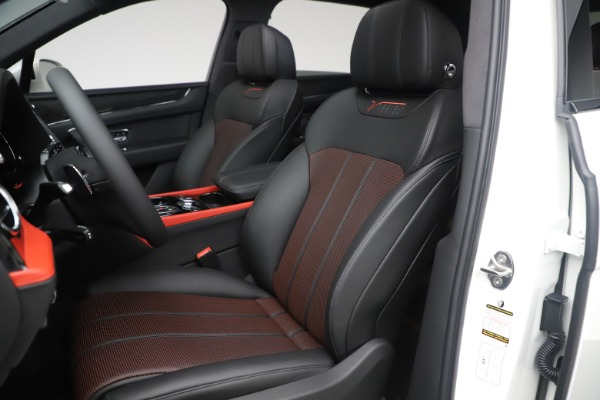 New 2020 Bentley Bentayga V8 Design Series for sale Sold at Rolls-Royce Motor Cars Greenwich in Greenwich CT 06830 27