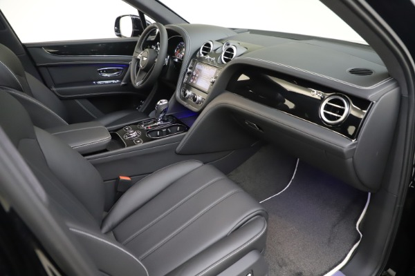 New 2020 Bentley Bentayga V8 for sale Sold at Rolls-Royce Motor Cars Greenwich in Greenwich CT 06830 27