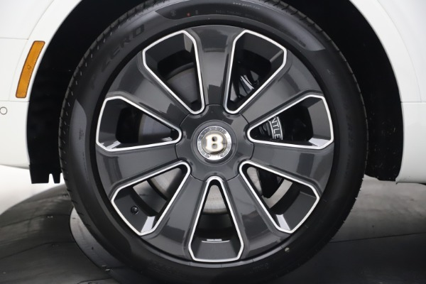 New 2020 Bentley Bentayga V8 Design Series for sale $216,860 at Rolls-Royce Motor Cars Greenwich in Greenwich CT 06830 15