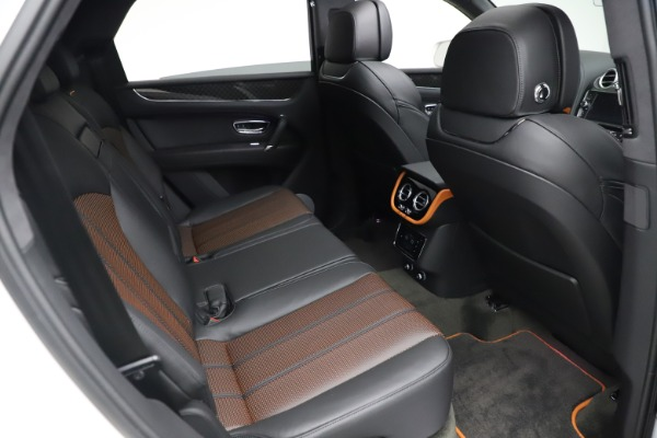 New 2020 Bentley Bentayga V8 Design Series for sale $216,860 at Rolls-Royce Motor Cars Greenwich in Greenwich CT 06830 25