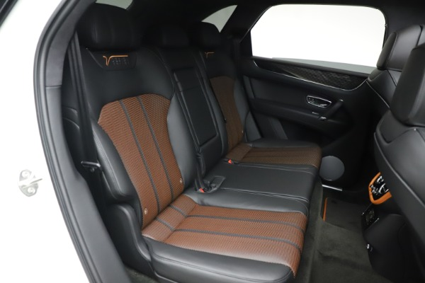 New 2020 Bentley Bentayga V8 Design Series for sale $216,860 at Rolls-Royce Motor Cars Greenwich in Greenwich CT 06830 26