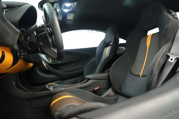 Used 2016 McLaren 570S Coupe for sale Sold at Rolls-Royce Motor Cars Greenwich in Greenwich CT 06830 15