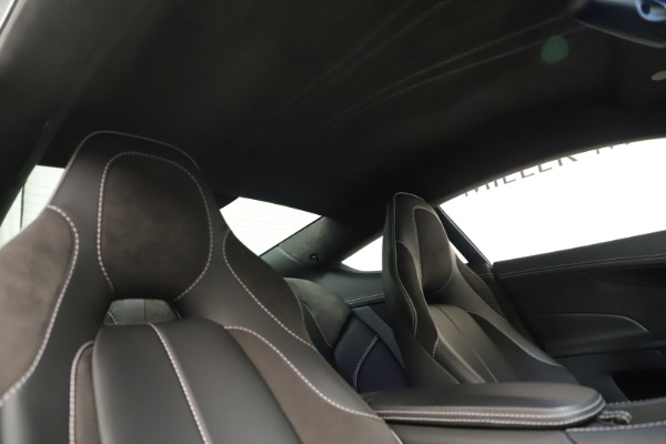 Used 2014 Aston Martin Vanquish Coupe for sale $116,900 at Rolls-Royce Motor Cars Greenwich in Greenwich CT 06830 18