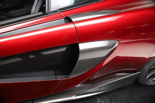New 2019 McLaren 600LT for sale $285,236 at Rolls-Royce Motor Cars Greenwich in Greenwich CT 06830 17