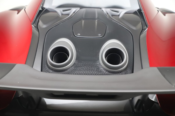 New 2019 McLaren 600LT for sale $285,236 at Rolls-Royce Motor Cars Greenwich in Greenwich CT 06830 25